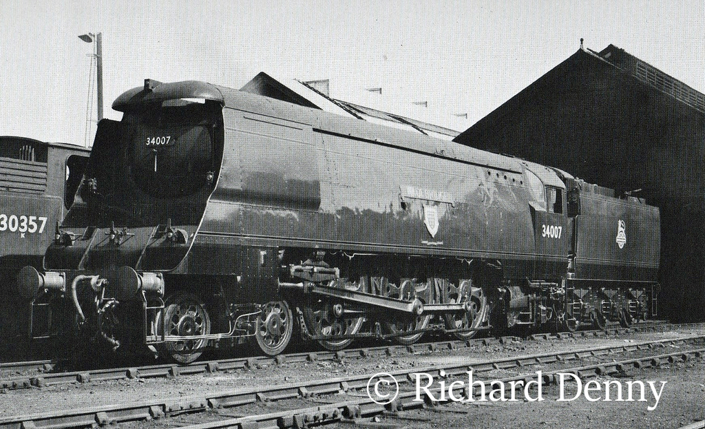 34007 Wadebridge at Eastleigh - 1951.jpg