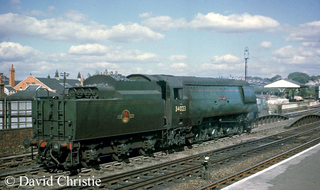 34023 Blackmore Vale at Salisbury - August 1964.jpg