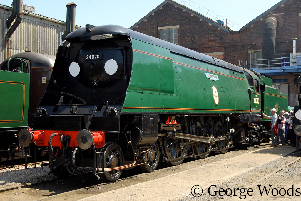 34070 Manston at Eastleigh Works Open Day - May 2009.jpg
