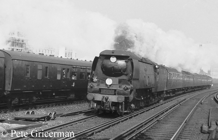34072 257 Squadron approaches Vauxhall on an express from Waterloo - May 1961