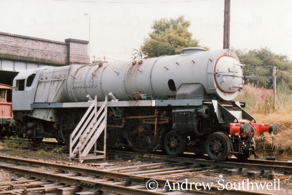 35005 Canadian Pacific under restoration at Loughborough on the Great Central Railway - August 1989.jpg