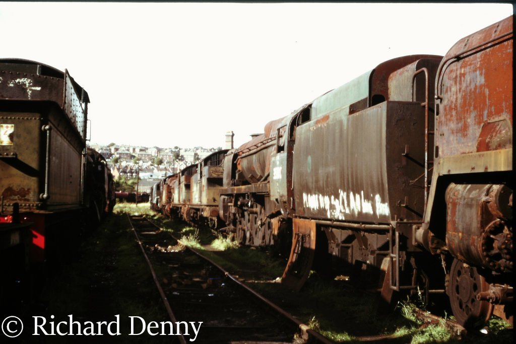 35010 Blue Star in Woodham's scrapyard at Barry - September 1973.jpg