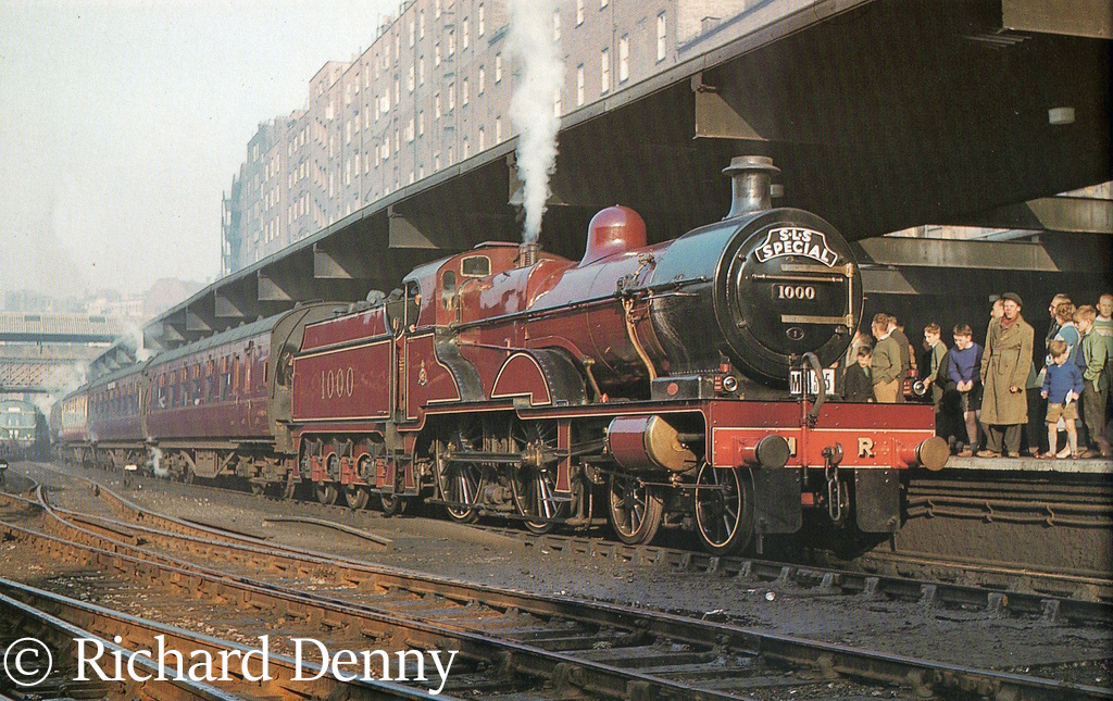 41000 at Birmingham New Street - 1959.jpg