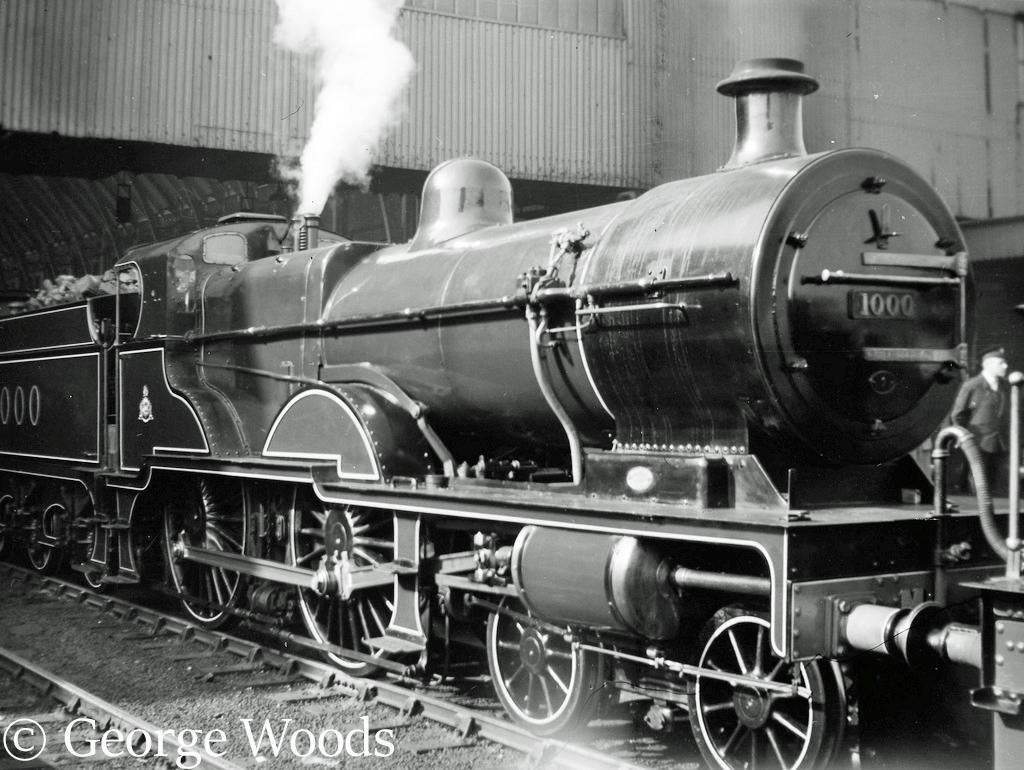41000 at Kings Cross on an Ian Allan Railtour - April 1960.jpg