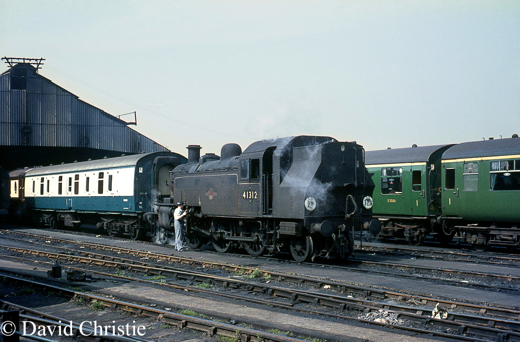 41312 at Clapham Carriage sidings - April 1967.jpg
