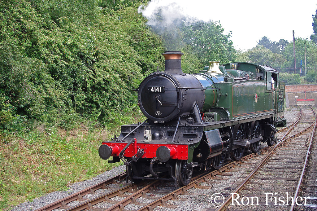 4141 on the Epping & Ongar Railway - June 2015.jpg