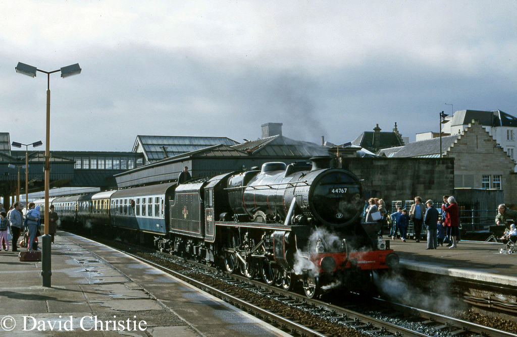 44767 George Stephenson at Stirling - April 1985.jpg