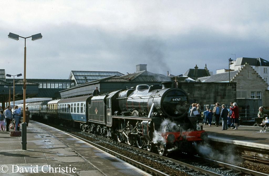 44767 George Stephenson at Stirling - April 1985.jpg