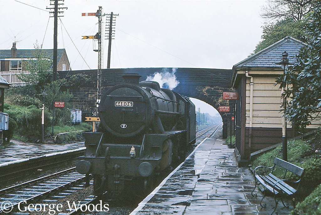 44806 at Pleasington, Near Darwen - May 1968 .jpg