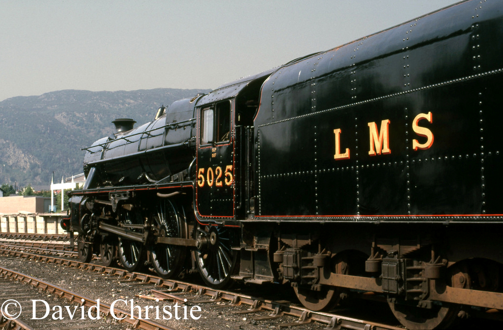 45025 at Aviemore on the Strathspey Railway - June 1986.jpg