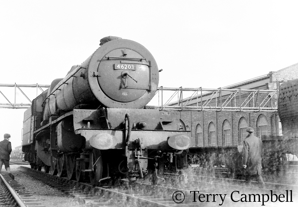 46203 Princess Margaret Rosea t Crewe Works after being withdrawn from service and purchased by Butlins - March 1963.jpg