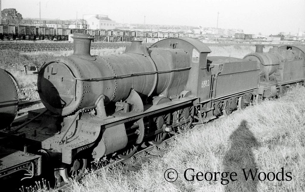 5322 in Woodham's scrapyard at Barry - March 1965.jpg