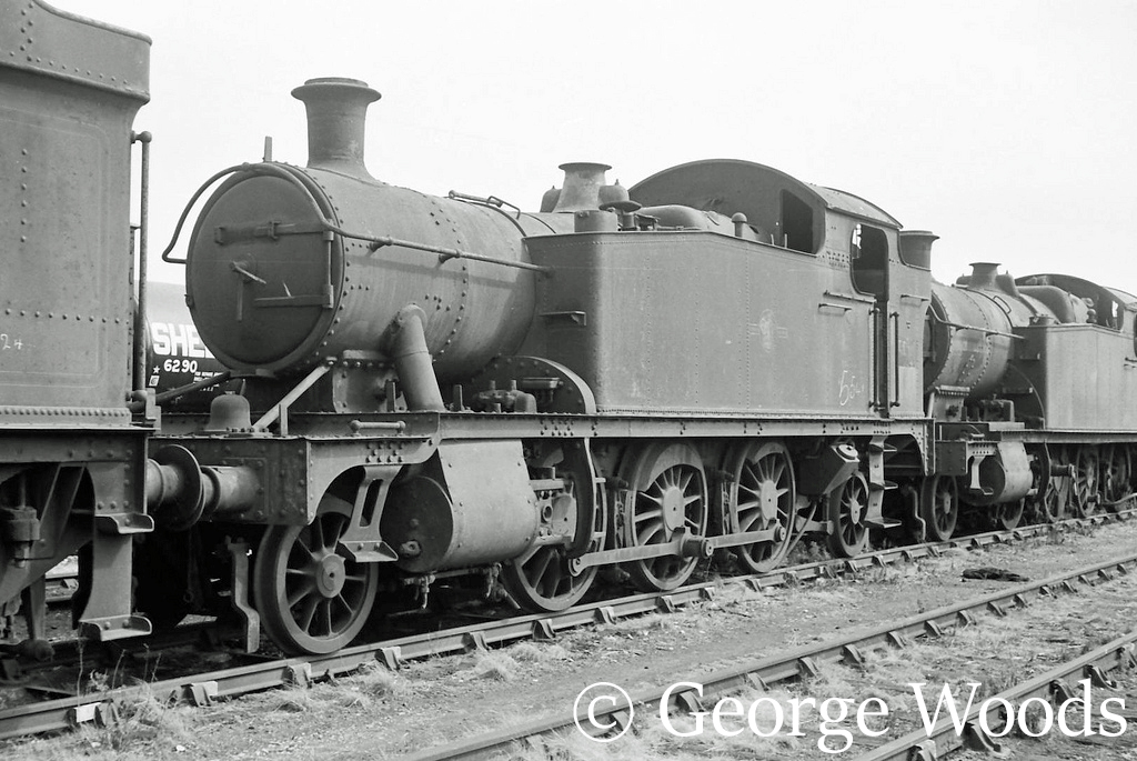 5541 in Woodham's scrapyard at Barry - June 1964.jpg