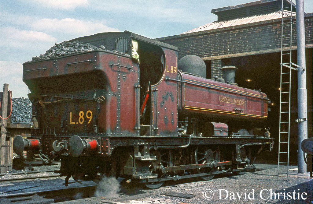5775 as L89 on Neasden shed - July 1968.jpg