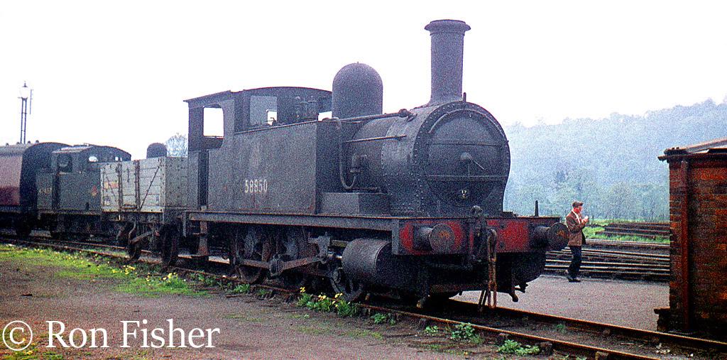 58850 at Rowsley - May 1960.jpg