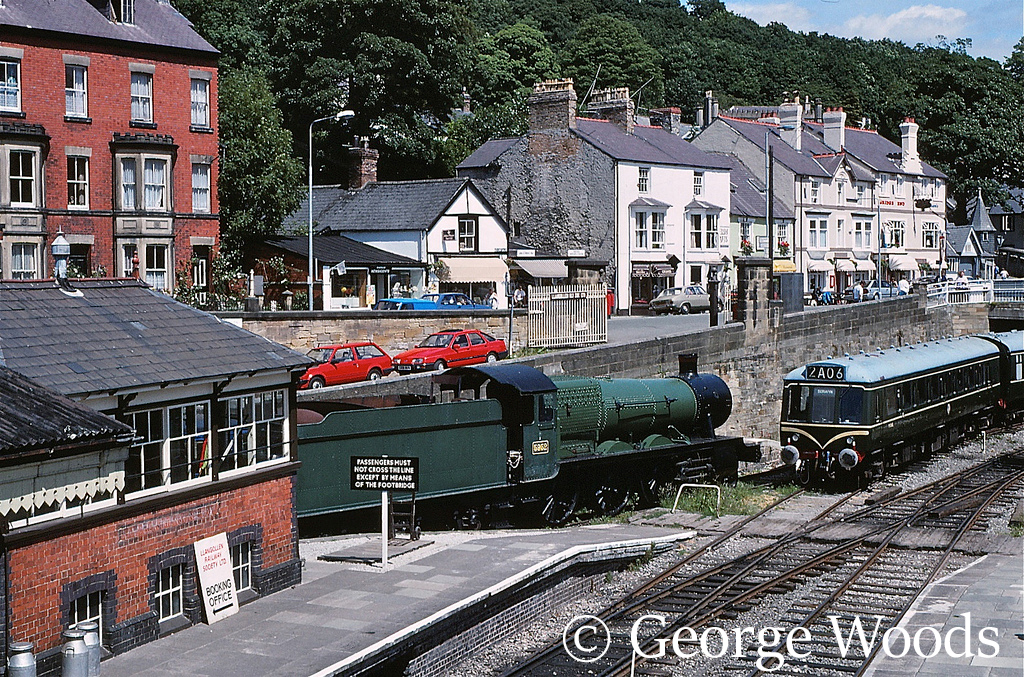 5952 Cogan Hall at Llangollen - July 1989.jpg