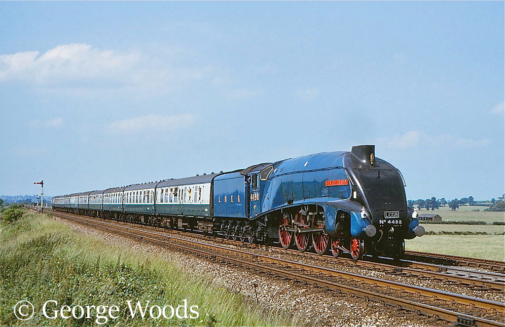 60007 Sir Nigel Greseley at Fenny Compton - July 1973.jpg