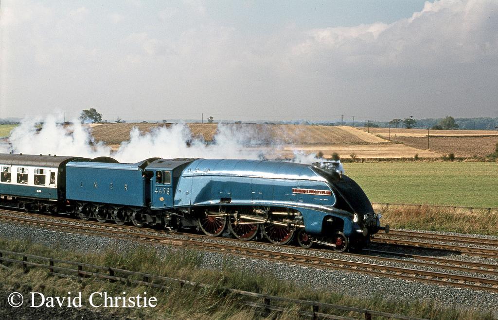 60007 Sir Nigel Gresley at Colton - September 1975.jpg