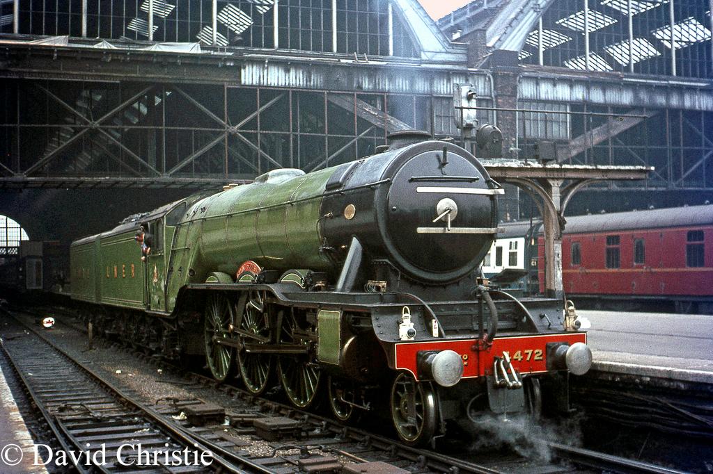 60103 Flying Scotsman at Kings Cross - September 1967.jpg
