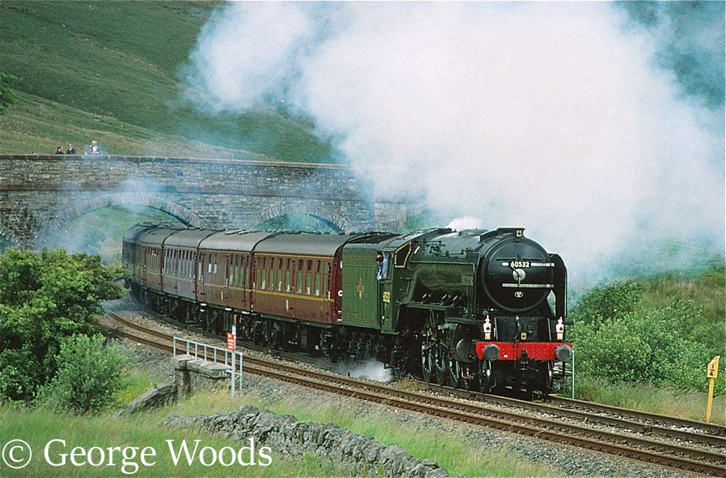 60532 Blue Peter at Ais Gill - August 1991.jpg