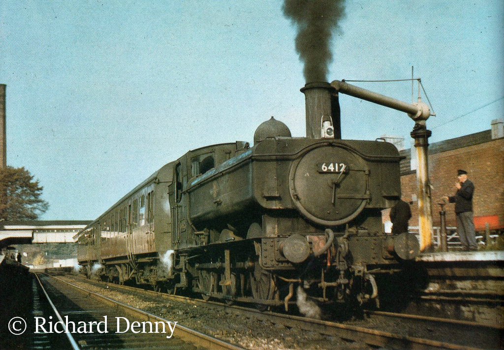 6412 at Stroud on a Gloucester - Chalford auto train - 1964.jpg