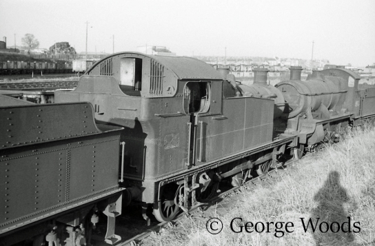 6634 in Woodham's scrapyard at Barry March 1965.jpg