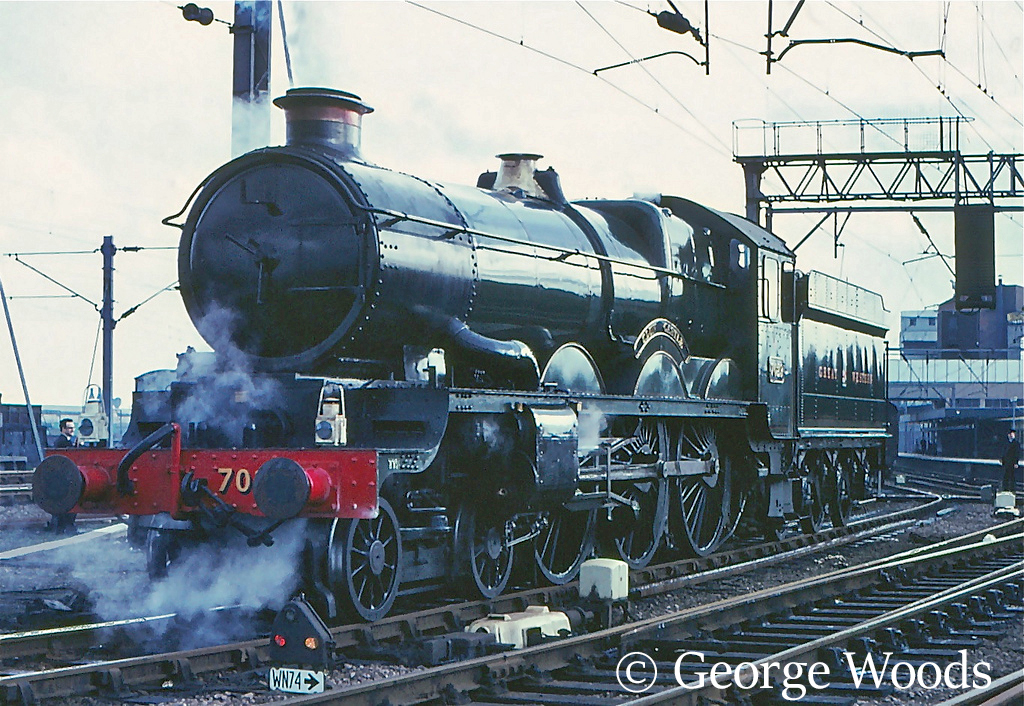 7029 Clun Castle at Wolverhampton High Level Station - February 1967 .jpg