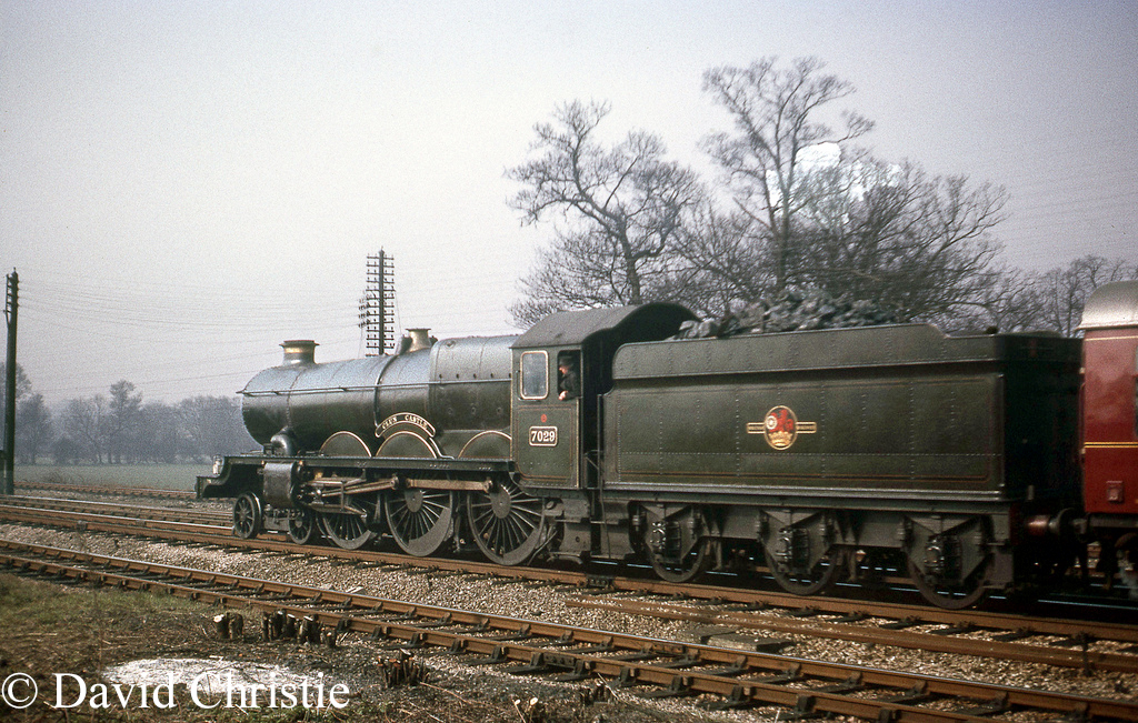 7029 Clun Castle near Banbury - April 1965    b.jpg
