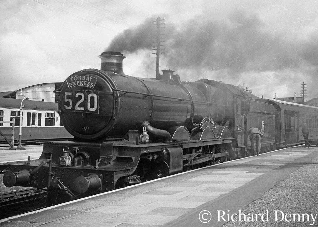 7029 Clun Castle on the Kingswear-Paddington express - 1955.jpg