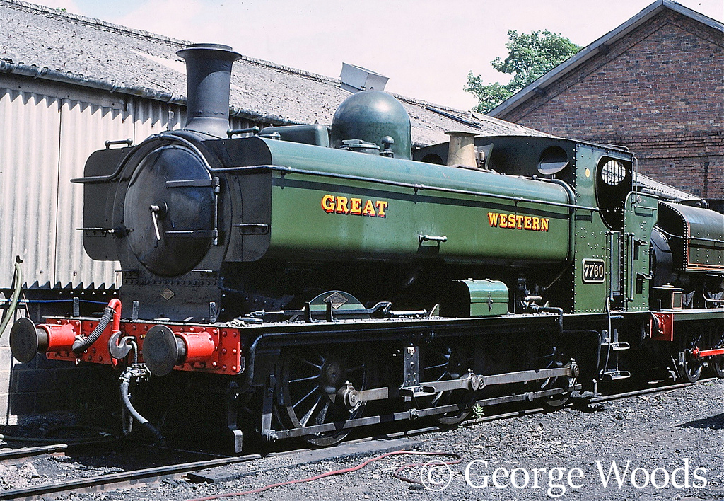 7760 at Llangollen - July 1989.jpg