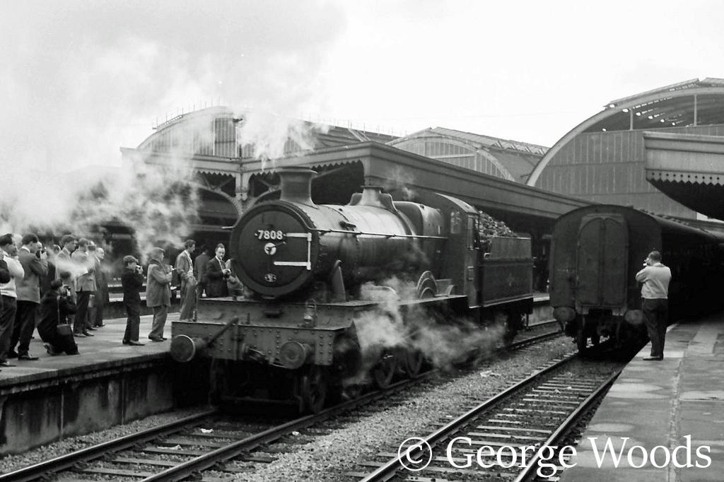 7808 Cookham Manor at Paddington - June 1964.jpg