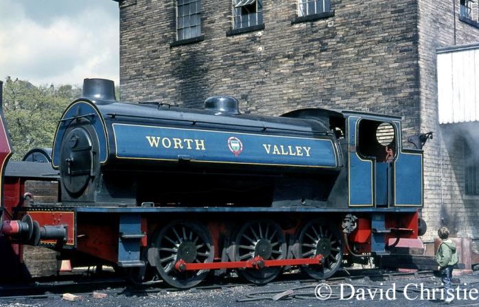 Robert Stephenson & Hawthorn Works No 7289 at Haworth - May 1971.jpg