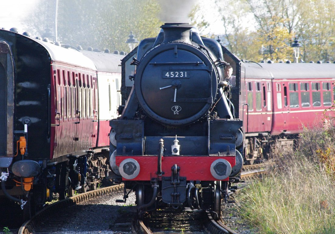 28465-East Lancs Railway -Heywood-2011-45231 The Sherwood Forester.JPG