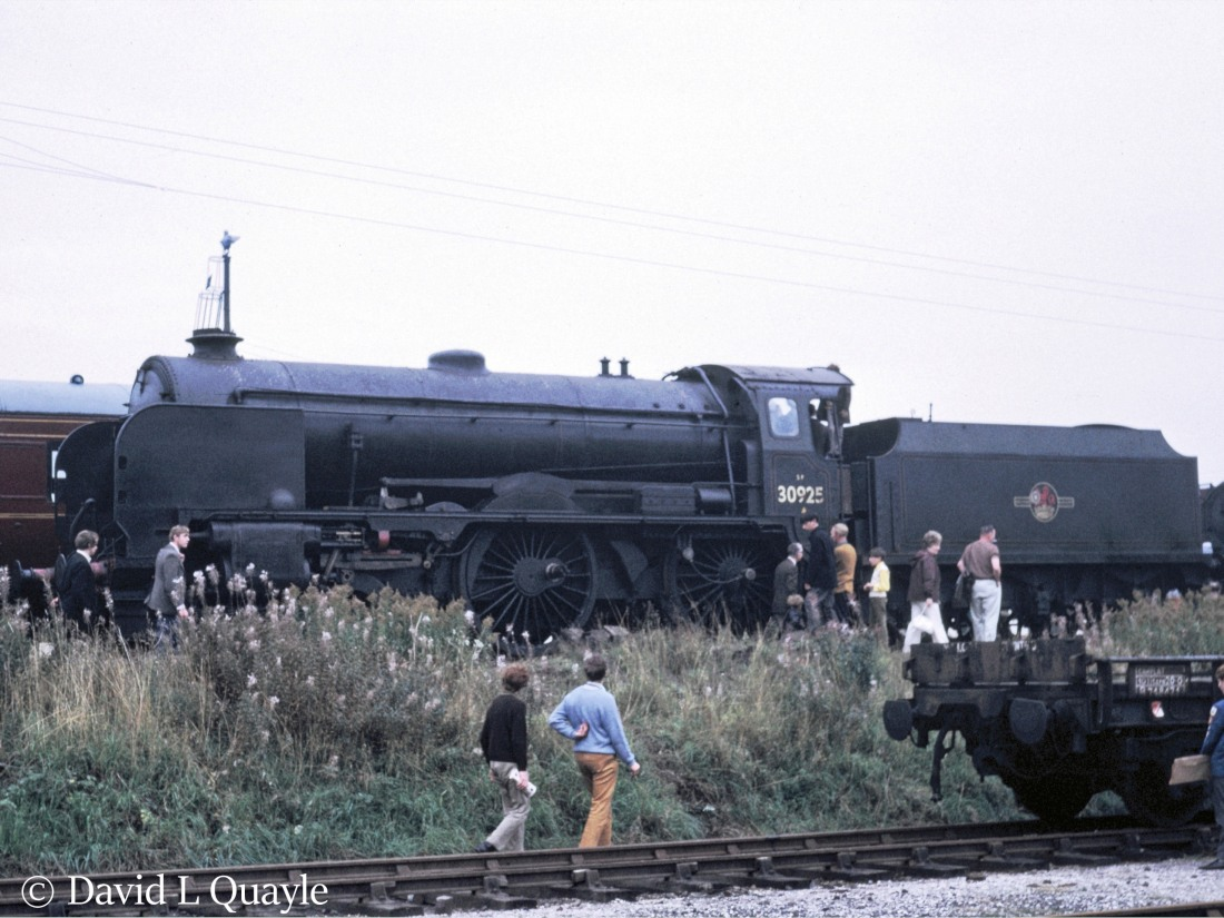 This image has an empty alt attribute; its file name is 30925-cheltenham-at-tyseley-june-1971.jpg