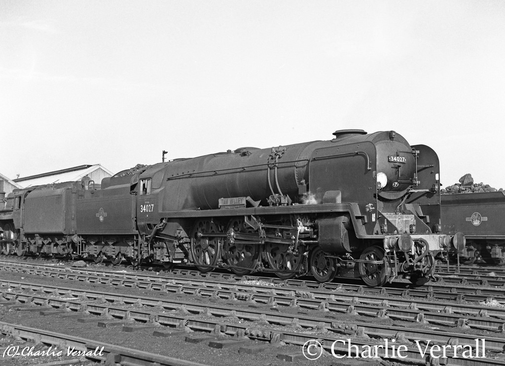34027 Taw Valley on Eastleigh shed - February 1962.jpg