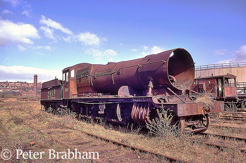 This image has an empty alt attribute; its file name is 3845-in-woodhams-scrapyard-at-barry-march-1988.jpg