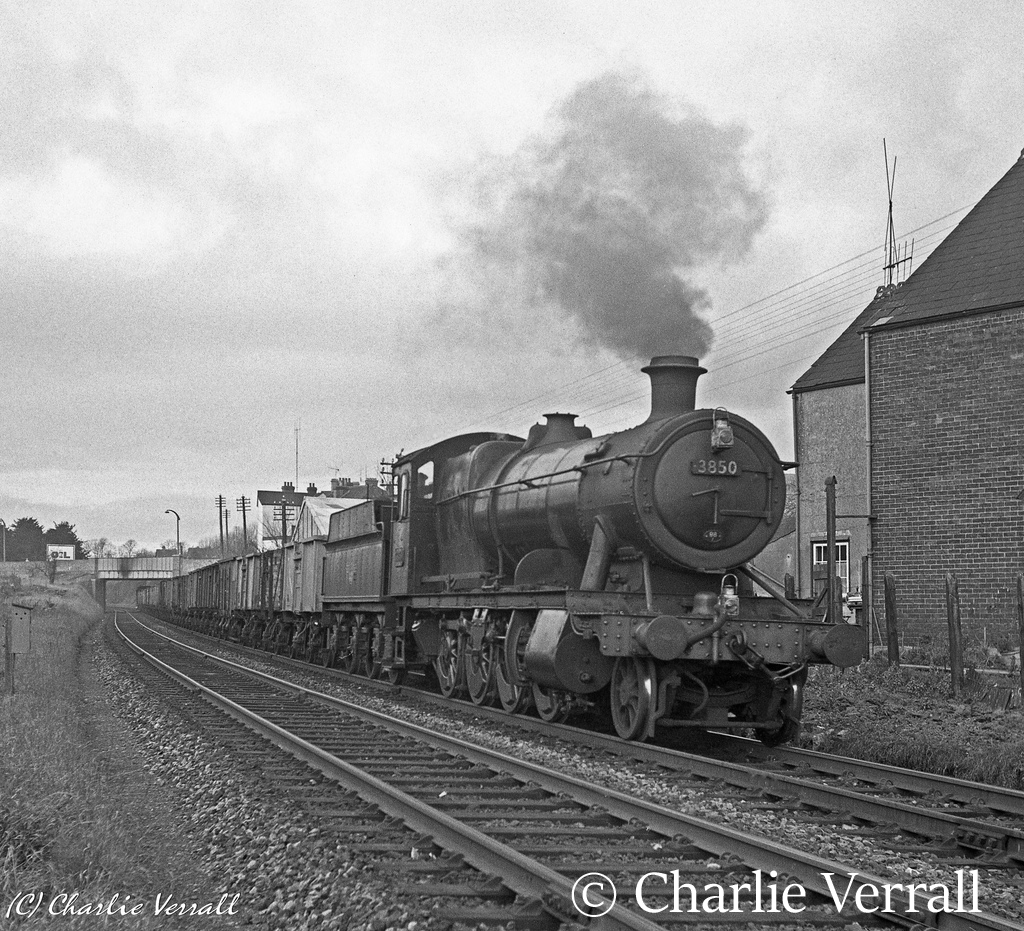 3850 near Salisbury with a freight from Radyr - November 1961.jpg