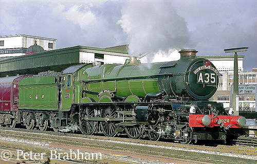 This image has an empty alt attribute; its file name is 6024-king-edward-i-at-cardiff-general-march-1995.jpg