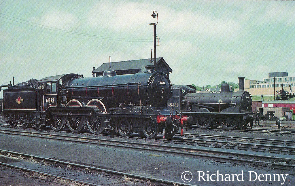61572 on Norwich shed in front of 65462 - 1960.jpg