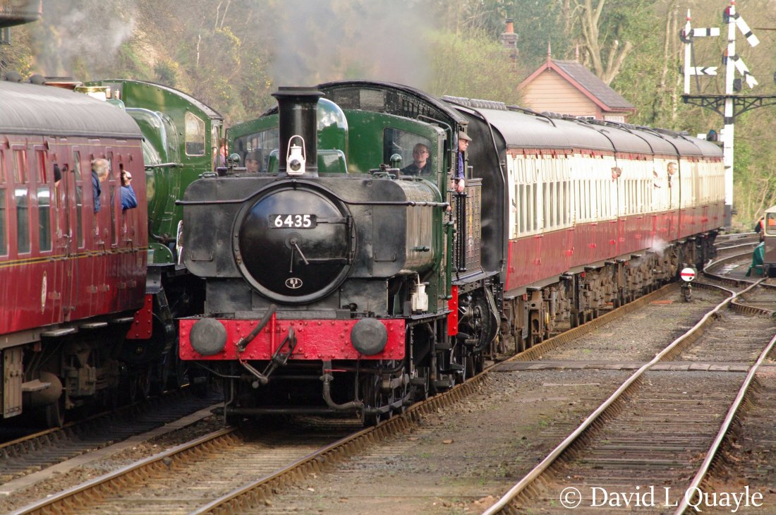 This image has an empty alt attribute; its file name is 6435-at-bewdley-on-the-severn-valley-railway-march-2014-nn.jpg