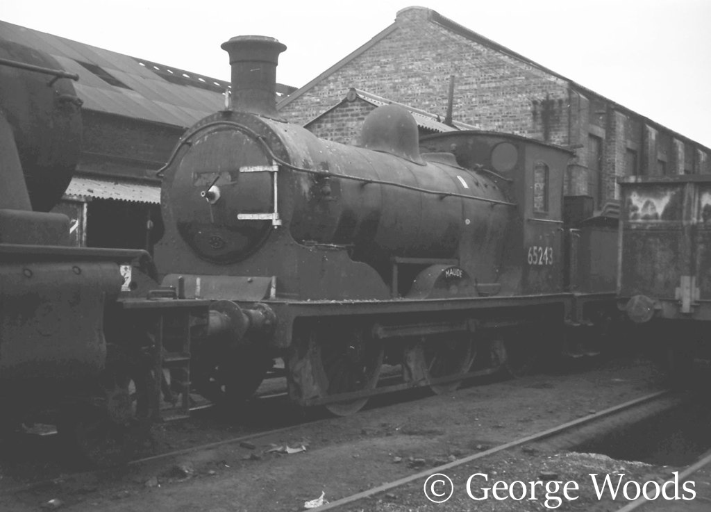 65243 Maude at St Margerets, Edinburgh - September 1966.jpg