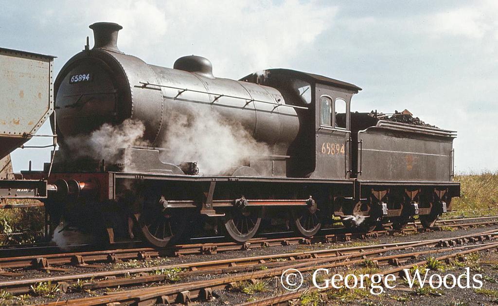 65894 at Ryhope - September 1967.jpg