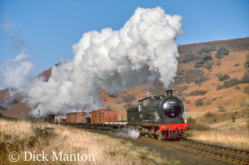 65894 on the North Yorkshire Moors Railway - January 2016.jpg