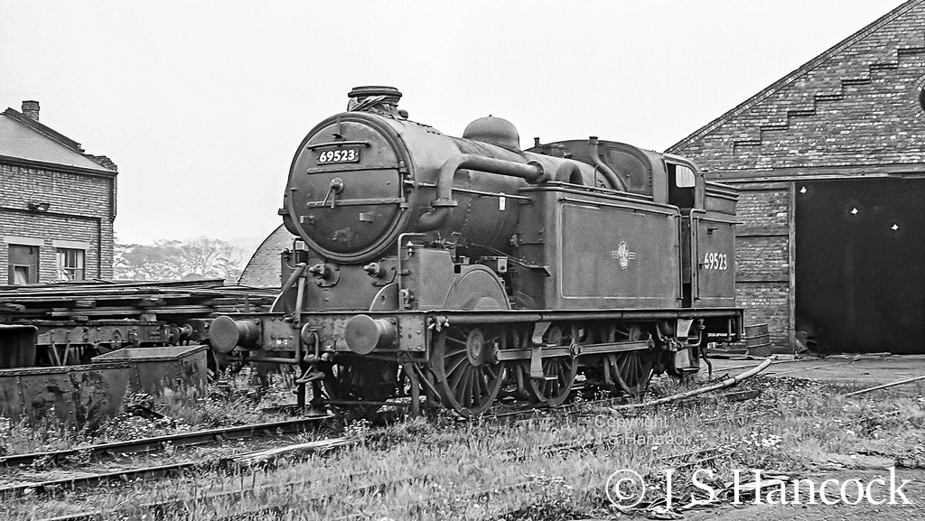 69523 in store outside the shed at NCB Harworth Colliery - July 1964.jpg