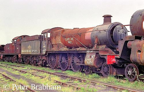 This image has an empty alt attribute; its file name is 6984-owsden-hall-in-woodhams-scrapyard-at-barry-c1984.jpg
