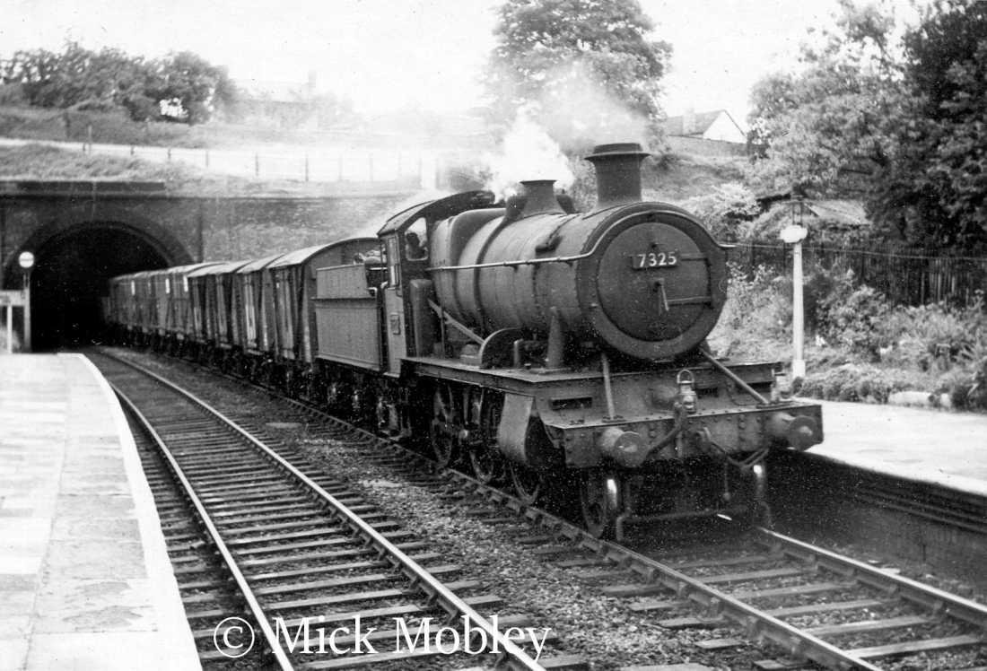 This image has an empty alt attribute; its file name is 7325-at-ludlow-august-1959.jpg