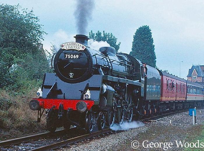 75069 at Welshpool - September 1991 large version.jpg