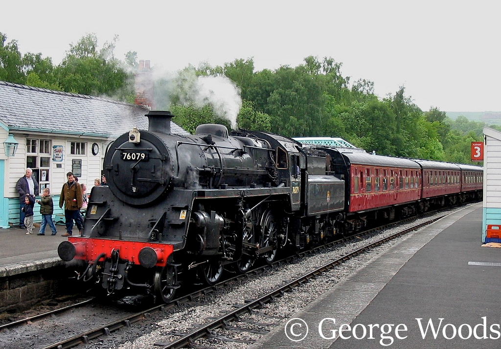 76079 at Grosmont on the North Yorkshire Moors Railway - May 2004.jpg