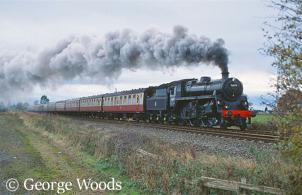 76079 at Towthorpe, York - November 2001.jpg