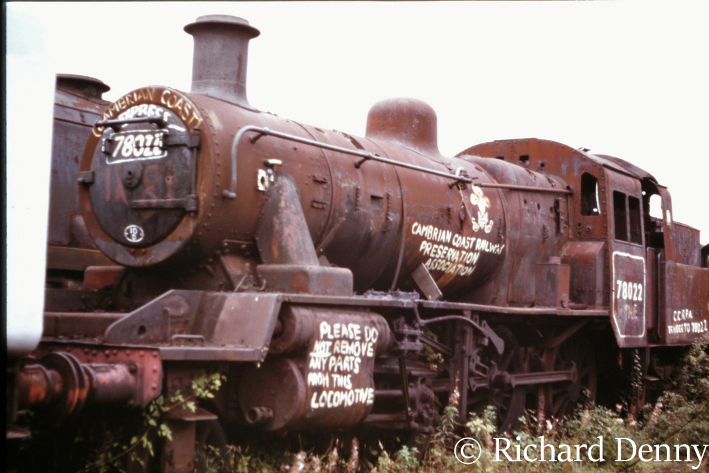 78022 in Woodham's scrapyard at Barry - September 1973.jpg